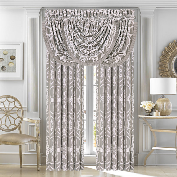 Five Queens Court Ivy Rod-Pocket Curtain Panel