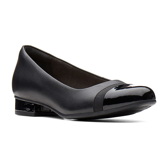 Clarks Womens Juliet Monte Slip-On Shoe