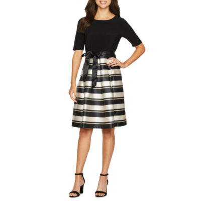 R & K Originals 3/4 Sleeve Party Dress