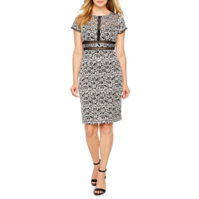 Scarlett Short Sleeve Pattern Shift Dress-Petite