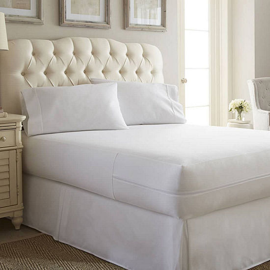 Casual Comfort™ Premium Bed Bug and Spill Proof Zippered Mattress Protector