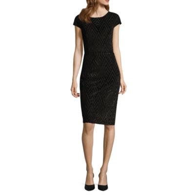 Scarlett Short Sleeve Chevron Sheath Dress - Tall
