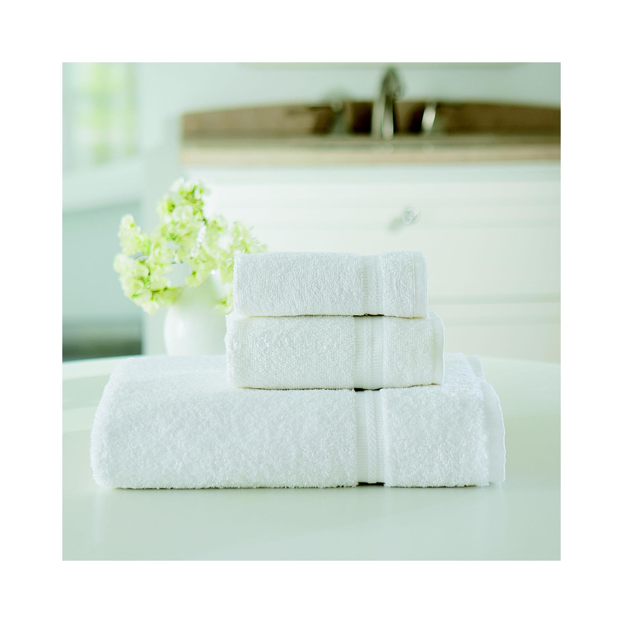 Welingham 48-pc. 27x54 Bath Towel Set