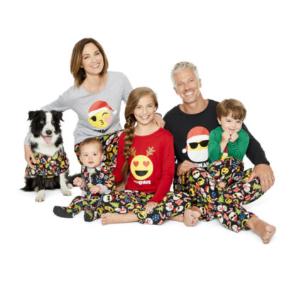 North Pole Trading Co. Merry Textmas Microfleece Family Pajama Set- Men's