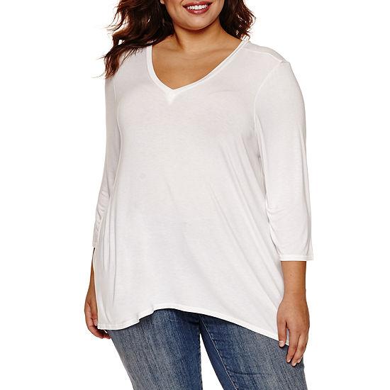 Boutique + Plus-Womens V Neck 3/4 Sleeve T-Shirt