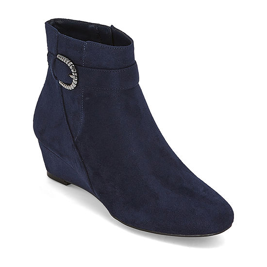 east 5th Womens Gardenia Wedge Heel Booties