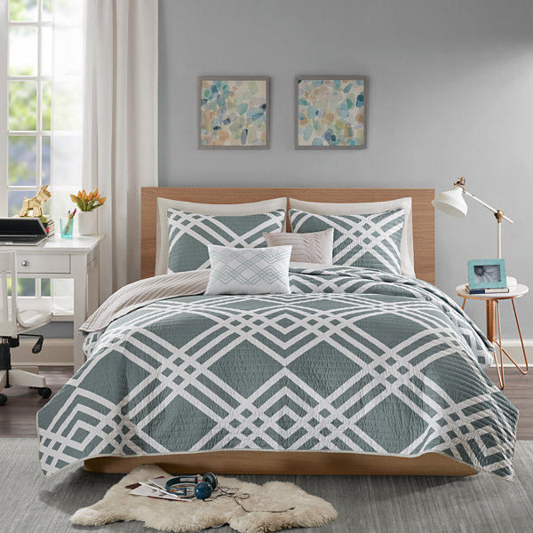 Intelligent Design Jaymie Ultra Soft Microfiber 4-pc. Coverlet Set