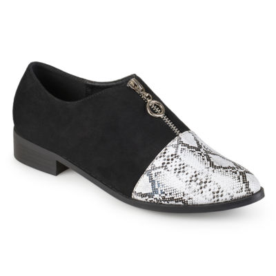 Journee Collection Womens Tahoe Slip-On Shoe Pointed Toe