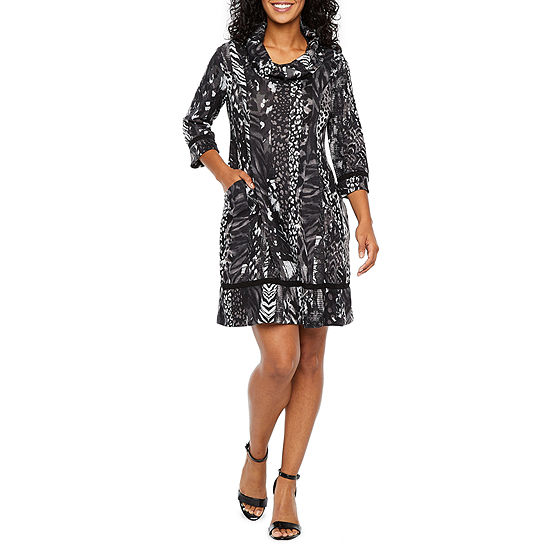 Robbie Bee-Petite 3/4 Sleeve Animal Shift Dress