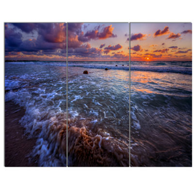 Designart Cloudy Sky And Stormy Waves Seashore Canvas Art Print - 3 Panels