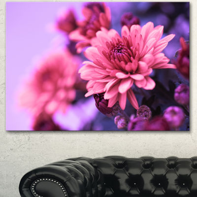Designart Colorful Autumnal Chrysanthemum FloralCanvas Art Print - 3 Panels