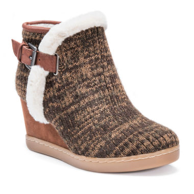 Muk Luks Annmarie Womens Water Resistant Winter Boots