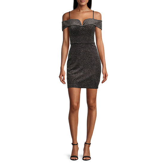 B. Smart-Juniors Short Sleeve Bodycon Dress
