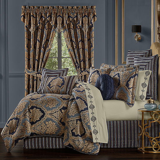 Five Queens Court Bristol 4-pc. Damask + Scroll Heavyweight Comforter Set