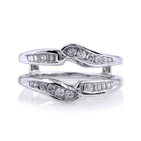 3/8 CT. T.W. Diamond 14K White Gold Ring Yin-Yang Wrap