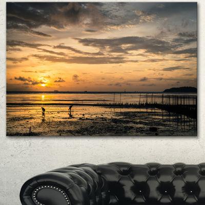 Designart Dawn At Seaside During Low Tide ModernSeashore Canvas Art - 3 Panels
