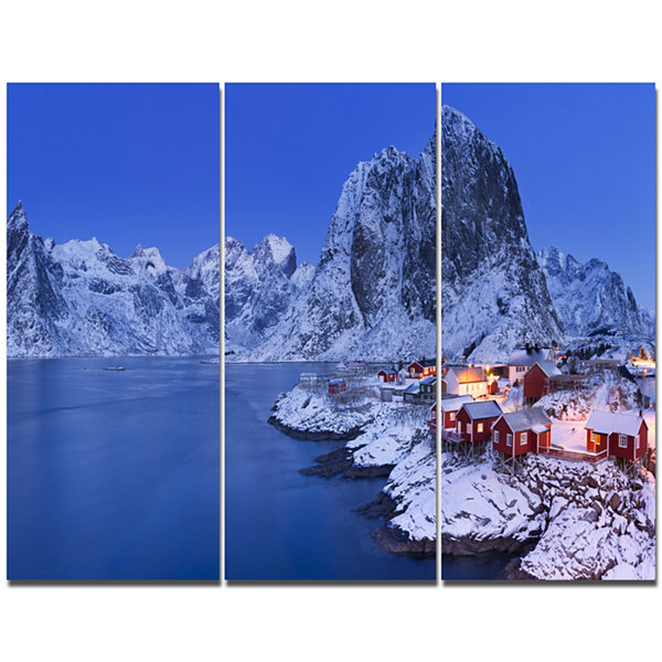 Designart Fishermen Cabins In Winter Modern Seashore Canvas Wall Art - 3 Panels