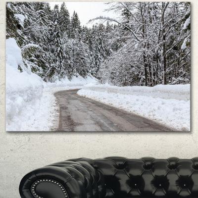 Designart Foggy Winter Road In Slovenia Large Landscape Canvas Art