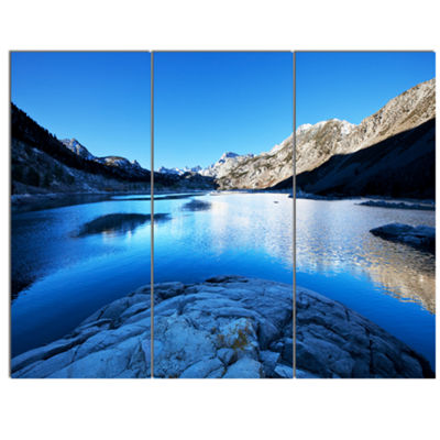 Designart Amazing Blue Mountains Lake Modern Landscape Canvas Art 3 Panels