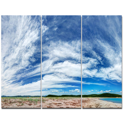 Designart Awesome Pacific Ocean Landscape CanvasArt Print 3 Panels