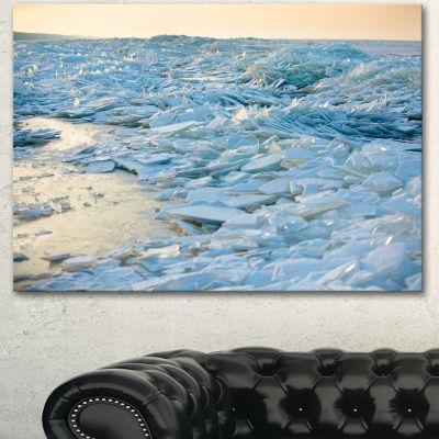 Designart Baltic Sea Winter Landscape Landscape Canvas Art Print 3 Panels