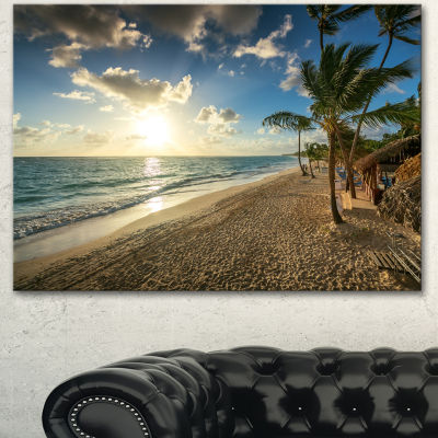 Designart Beautiful Caribbean Vacation Beach LargeBeach Canvas Wall Art