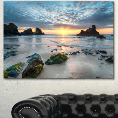 Designart Beautiful Porthcothan Bay Large SeashoreCanvas Wall Art 3 Panels