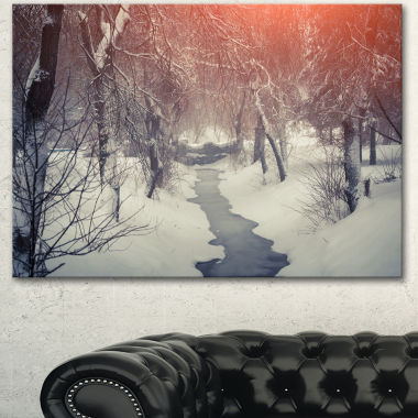 Designart Beautiful Snowfall In City Park Landscape Canvas Art Print