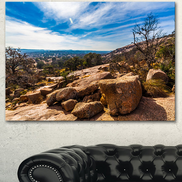 Designart Boulders Of Legendary Enchanted Rock Landscape Canvas Art Print 3 Panels