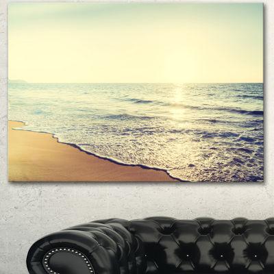 Designart Bright Seashore During Sunset SeashoreCanvas Art Print