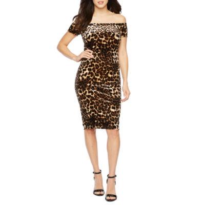 Premier Amour Off The Shoulder Velvet Leopard Print Sheath Dress
