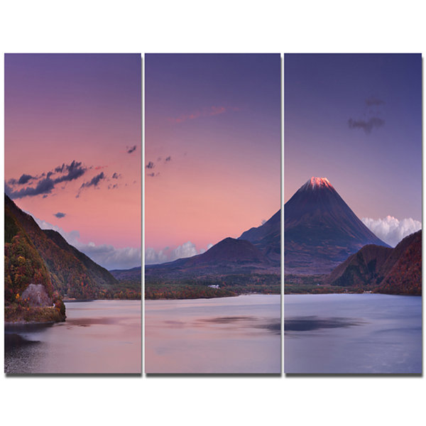 Designart Sunset At Mount Fuji And Lake Motosu Modern Landscape Canvas Art - 3 Panels