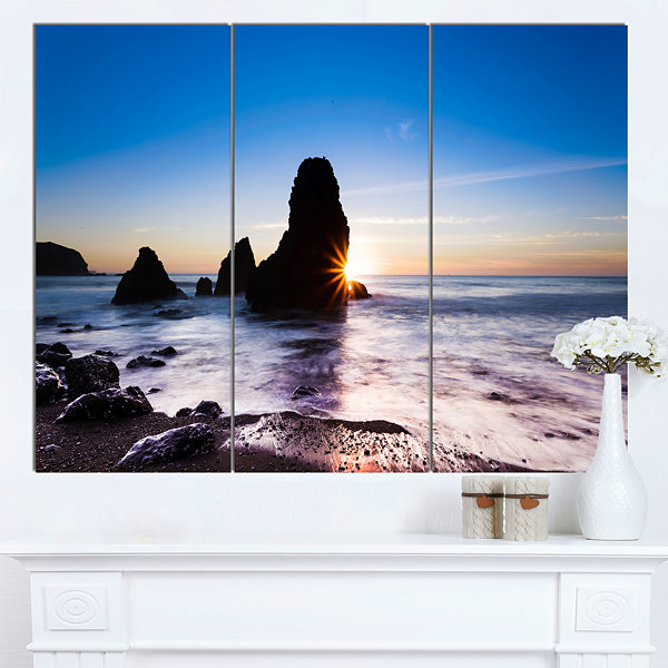 Designart Sunset At Rodeo Beach Panorama SeashoreCanvas Art Print - 3 Panels