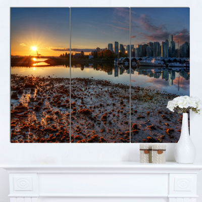 Designart Vancouver Downtown In Morning Extra Large Landscape Canvas Art Print - 3 Panels