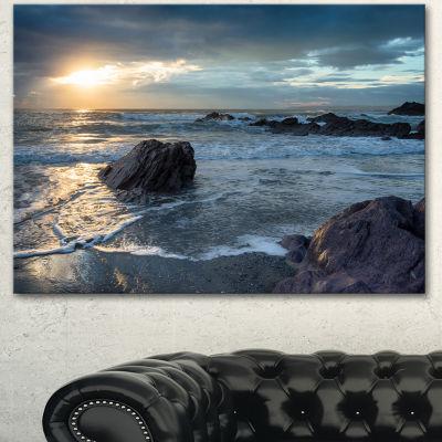 Designart Sharrow Beach In Cornwall Seashore Canvas Art Print - 3 Panels