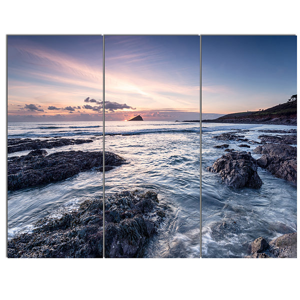 Design Art Rocky Wembury Beach Sunset Large Seashore Canvas Art Print - 3 Panels