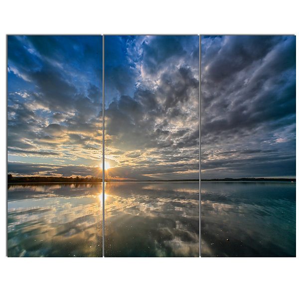 Designart Sunset With Dramatic Sky And Sea Seashore Canvas Art Print - 3 Panels