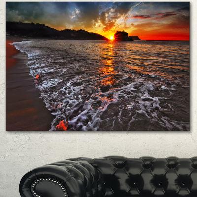 Designart Sandy Beach With Lovely Waves SeashoreCanvas Art Print