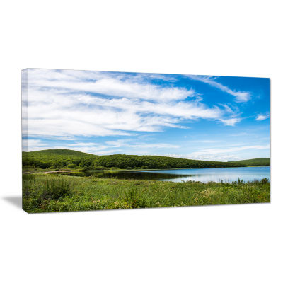 Designart Scenic View Of Pacific Ocean Beach Landscape Canvas Art Print