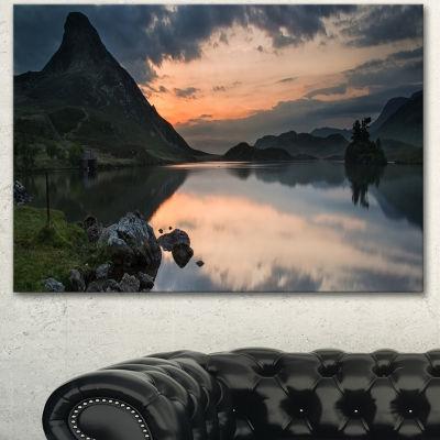 Designart Stunning Sunrise Over Lake Panorama Large Landscape Canvas Art Print - 3 Panels