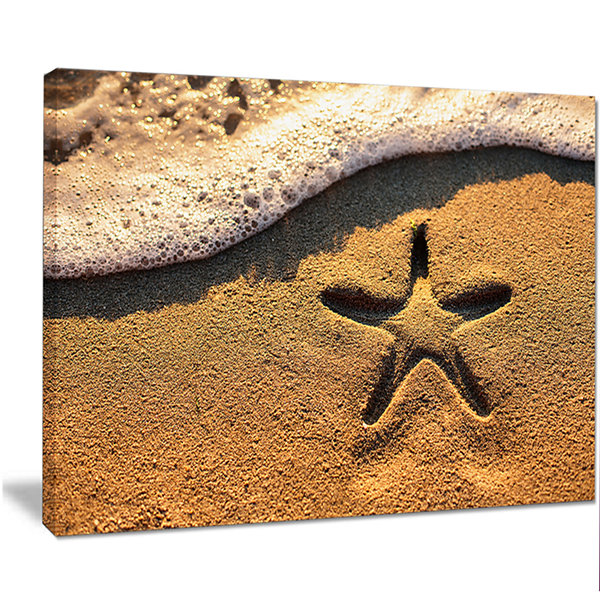 Designart Starfish On Beach With Waves Large BeachCanvas Wall Art