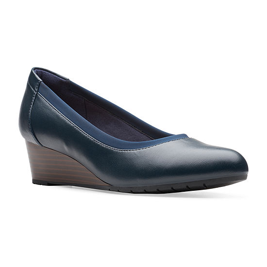 Clarks Womens Mallory Berry Slip-On Shoe Round Toe
