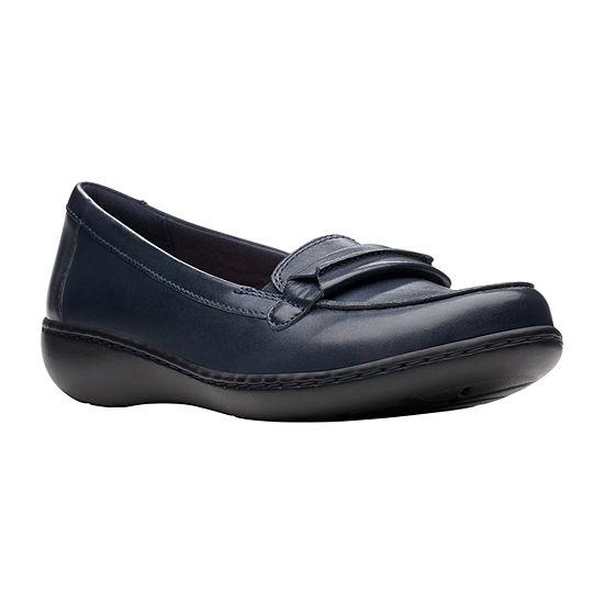 Clarks Womens Ashland Lily Slip-On Shoe