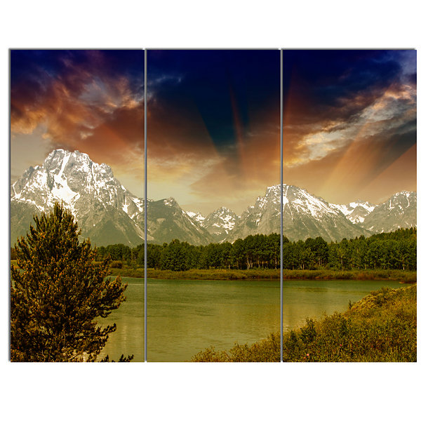 Designart Grand Teton National Park Extra Large Landscape Canvas Art Print - 3 Panels