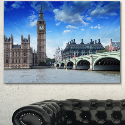 Designart Houses Of Parliament And Westminster Bridge Modern Cityscape Canvas Art Print
