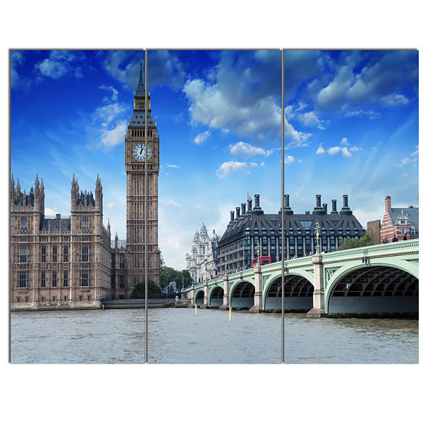 Designart Houses Of Parliament And Westminster Bridge Modern Cityscape Canvas Art Print - 3 Panels
