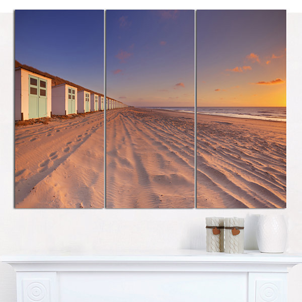 Designart Laguna Canapa Bolivia At Sunset ModernLandscape Canvas Art - 3 Panels
