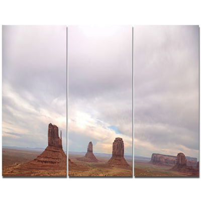 Designart Monument Valley Panorama Landscape Canvas Art Print - 3 Panels