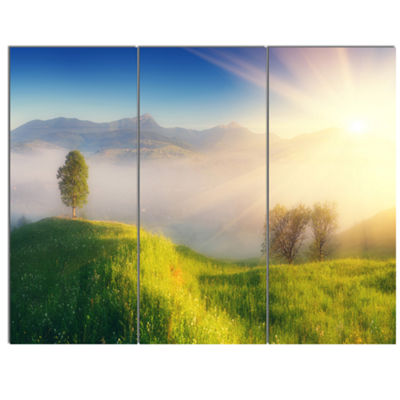 Designart Morning Mist Over Mountain Village ExtraLarge Landscape Canvas Art Print - 3 Panels
