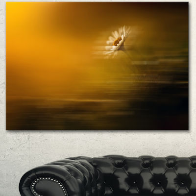Designart Motion Blurred Wild Flower Impression Large Floral Canvas Art Print - 3 Panels